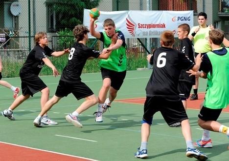 Zagraj w piłkę ręczną na Orliku i pobij Rekord Guinnessa!